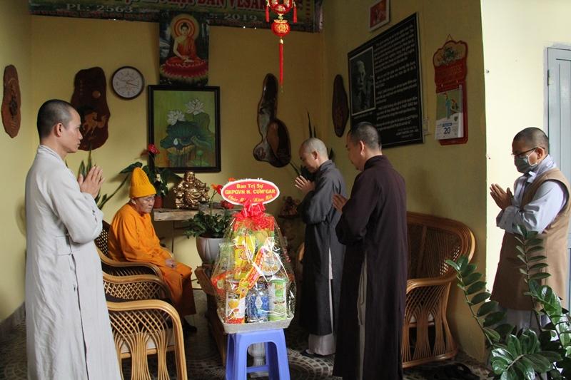 CưMgar: Khánh tuế chư tôn lãnh đạo PG tỉnh và thăm, chúc Tết lãnh đạo chính quyền huyện