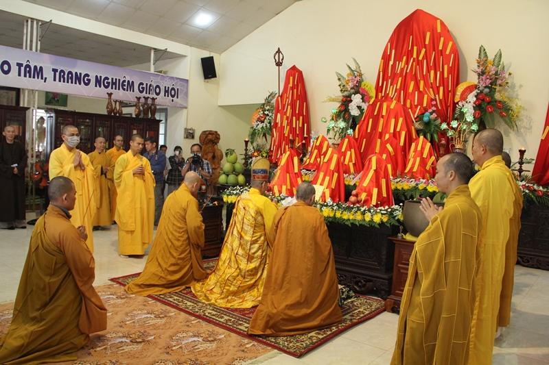 CưMgar: Lễ an vị tôn tượng Đức Phật, Bồ Tát tại chùa Tây Trúc