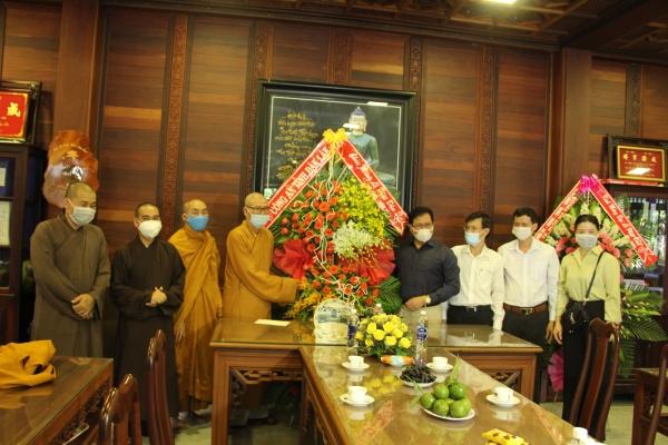 Lãnh đạo chính quyền tỉnh chúc mừng Phật đản PL.2565 đến BTS PG tỉnh Đăk Lắk