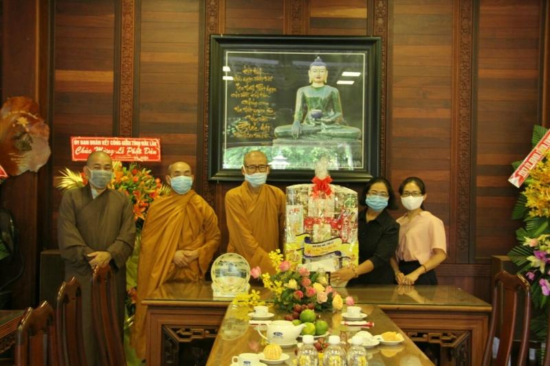 Ban Dân Vận Tỉnh, Công an TP. Buôn Ma Thuột và Tôn giáo bạn chúc mừng Phật đản PL 2565