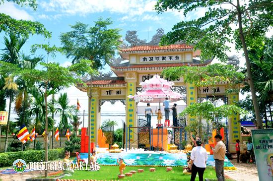 Huyện Krông Năng trong không khí đón mừng đại lễ Phật đản