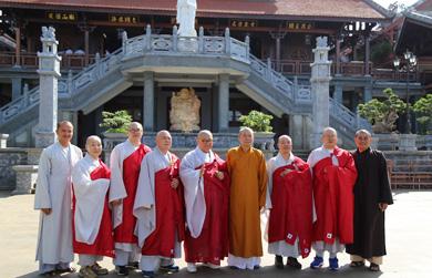 Phái đoàn Phật giáo Hàn Quốc thăm Chùa Khải Đoan