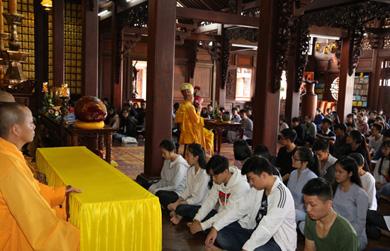 Lễ Cầu nguyện tiếp sức mùa thi tại chùa Sắc Tứ Khải Đoan