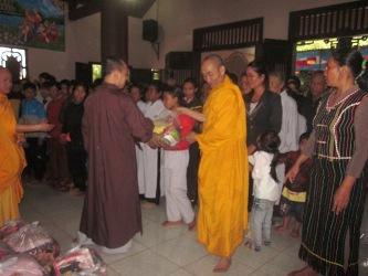Lễ Tổng Kêt Khóa Tu Một Ngày An Lạc Năm 2015 Tại Chùa Hoa Nghiêm-Huyện Cư M'Gar.