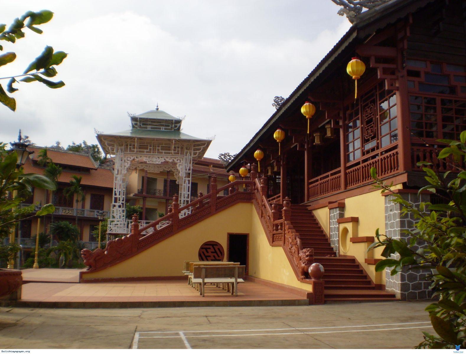 Đăk Lăk: Lịch sử Chùa Sắc Tứ Khải Đoan tọa lạc tại Thành phố Buôn Ma Thuột.