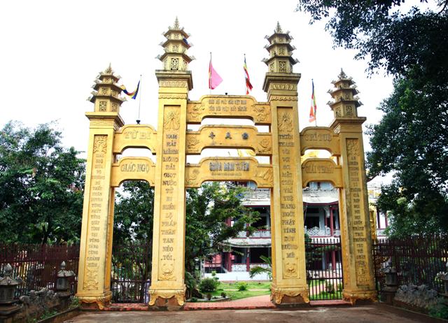 Đăk Lăk: Lịch sử Chùa Nam Thiên tọa lạc tại Thành phố Buôn Ma Thuột.