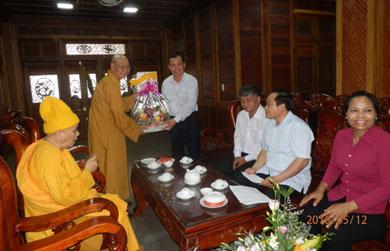 Ban Dân vận Trung Ương chúc mừng Phật đản BTS PG tỉnh Đaklak